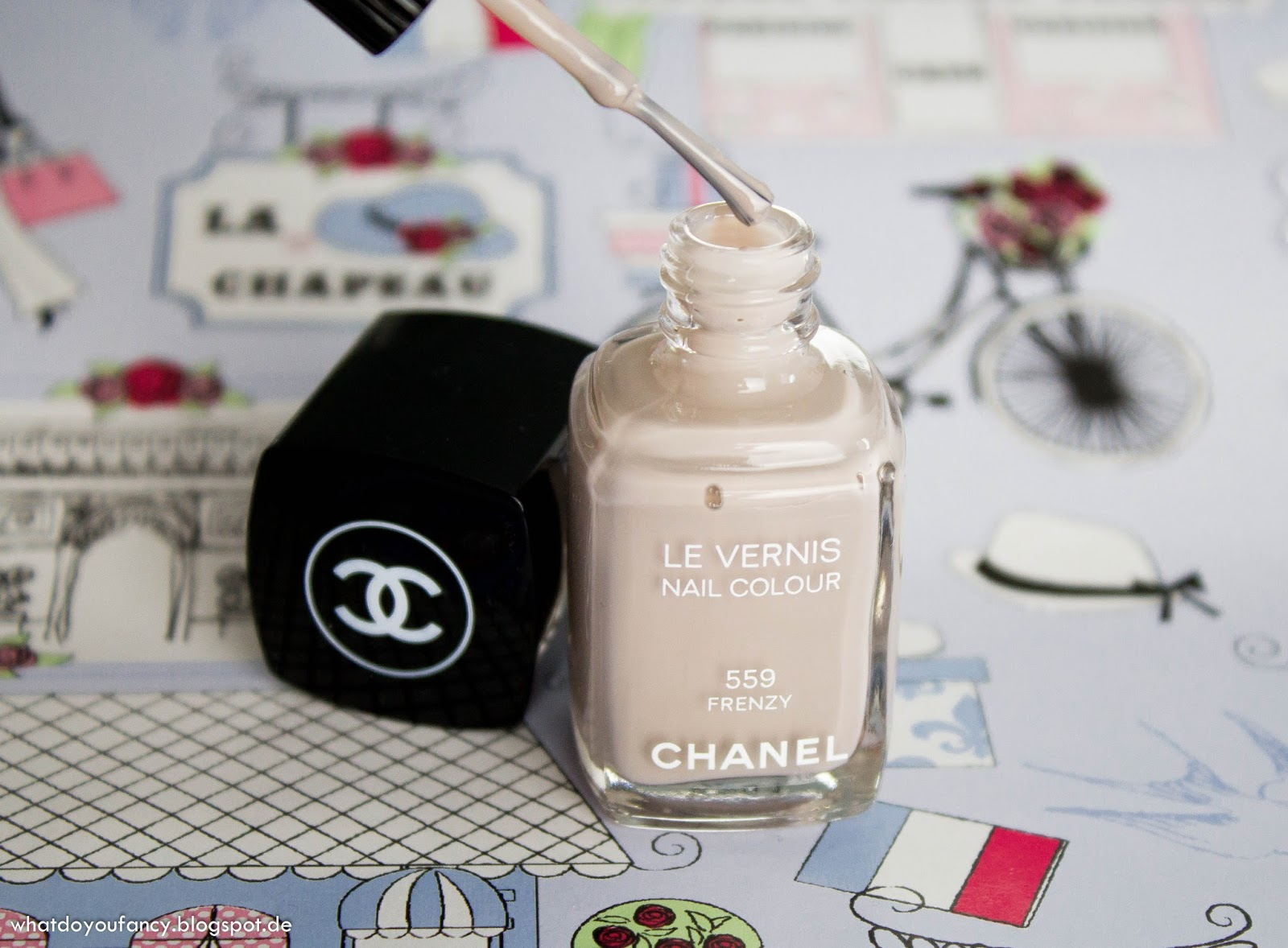 Chanel Le Vernis Nail Colour 559 Frenzy