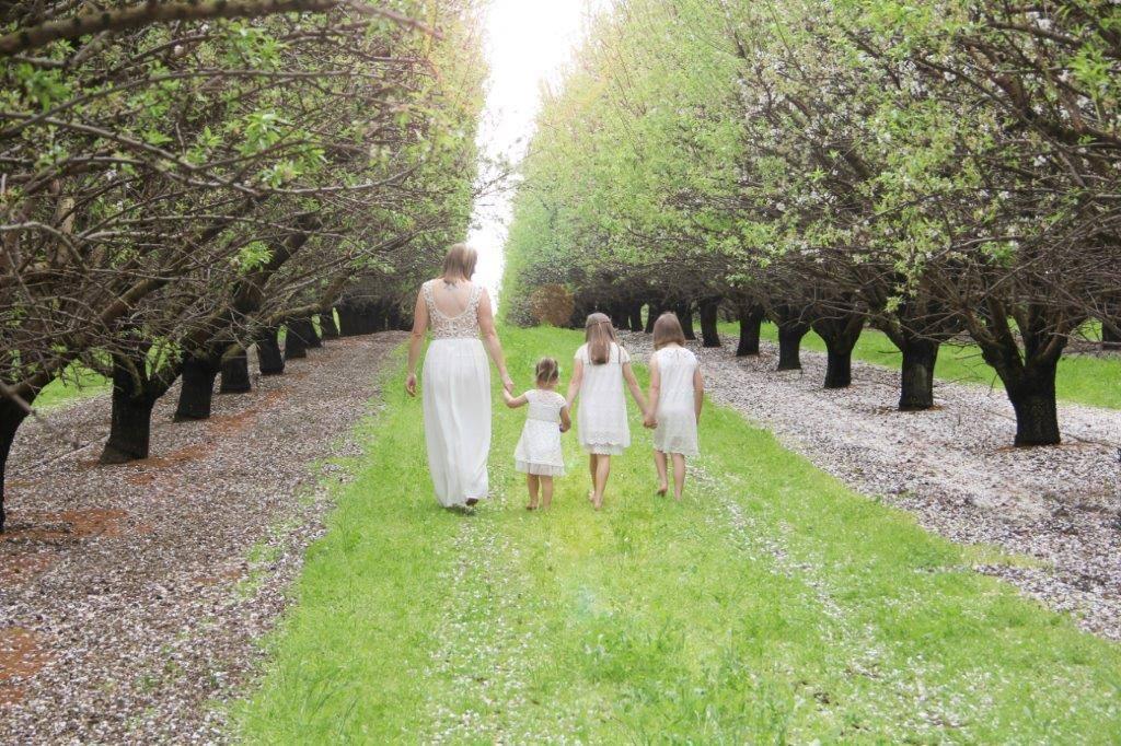 HANDMADE FLWOER GIRL DRESSES AUSTRALIA