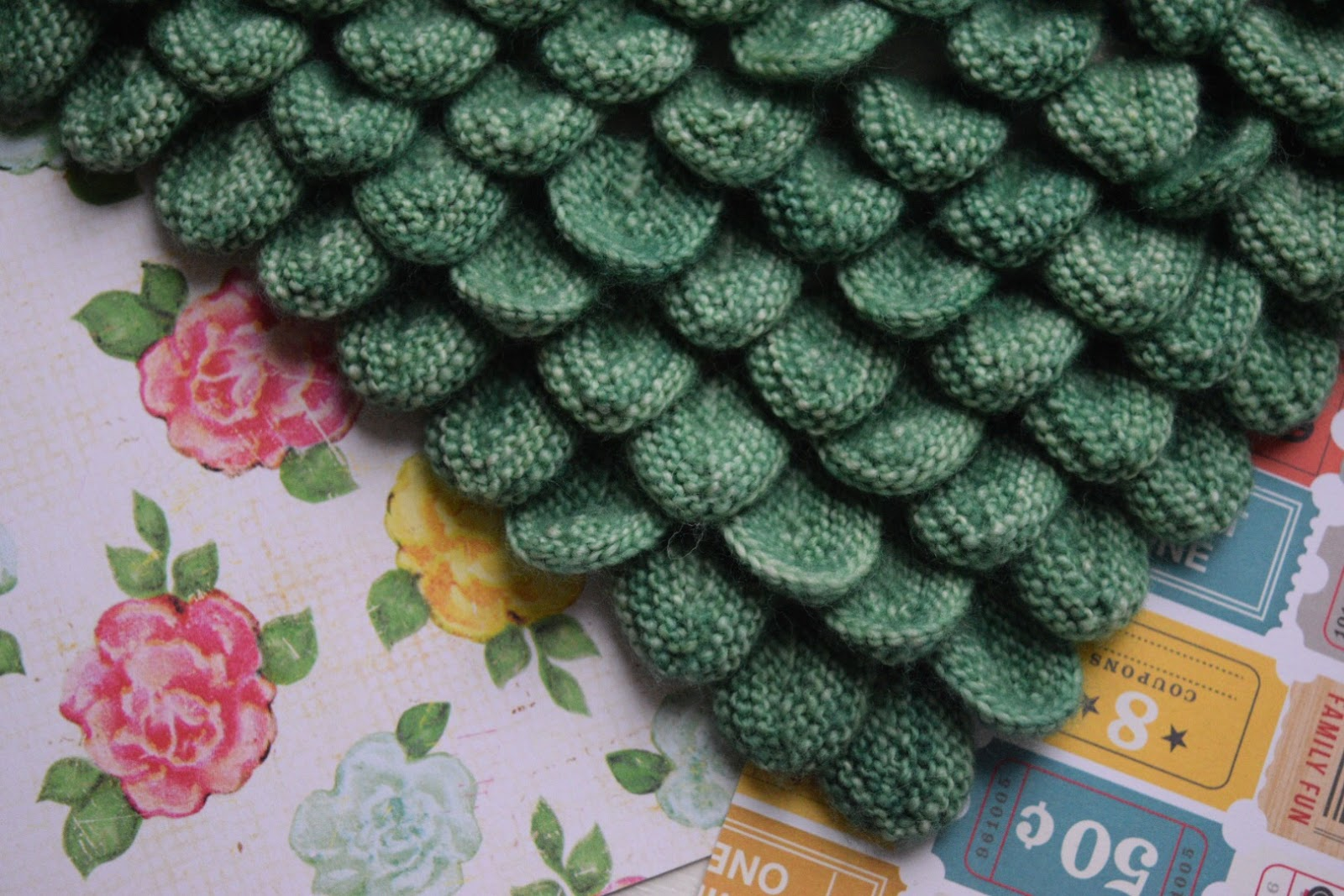 Knit Crocodile Stitch In The Round : Would You Like Yarn With That?