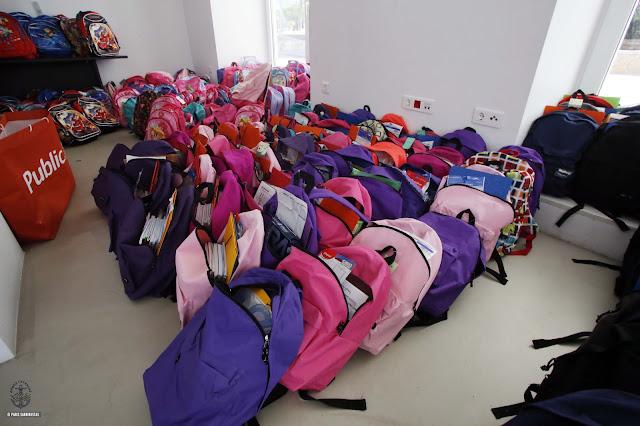 2cafe603f4 Η Γλυφάδα γέμισε τις άδειες σχολικές τσάντες ~ ΑΤΤΙΚΟΣ ΣΦΥΓΜΟΣ
