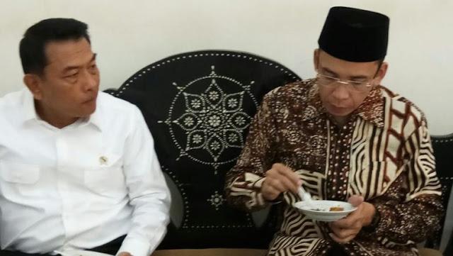 Pernah Berjuang Bersama Ulama, TGB Kini Melenceng Dukung Jokowi