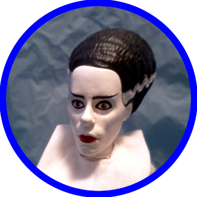Diamond Select's Universal Monsters Retro Cloth Figure: The Bride of Frankenstein