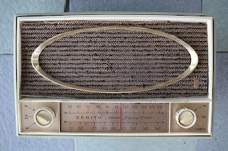 Vintage Zenith Model C725F tube FM radio (sold) C725f%2Bfront