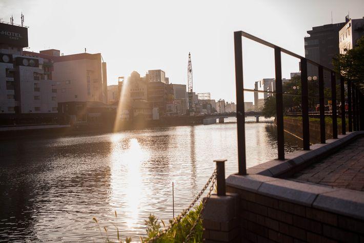 Fukuoka travel guide: Naka river