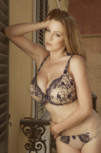 Jordan-Carver-PIAZZA-Photoshoot-hot-sexy-picture-23