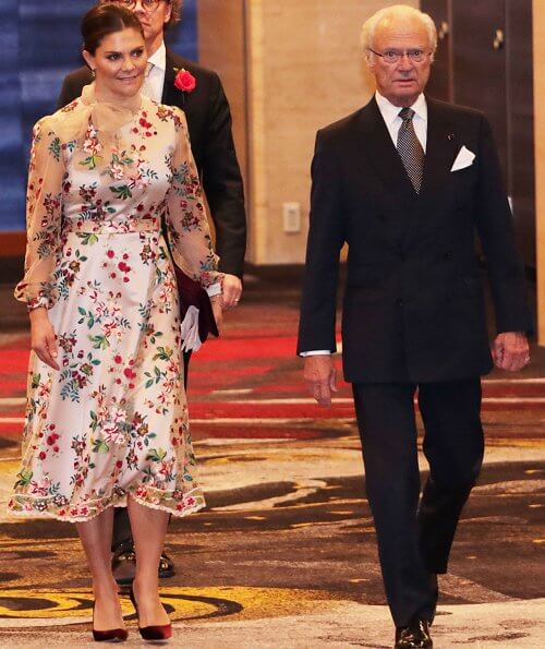 Queen Maxima wore Jan Taminiau dress, Princess Mary wore Maria Fekih wedding dress, Princess Victoria wore Ida Sjostedtdress