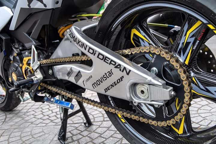 Banana Swing Arm Ala MotoGP - Tip Modifikasi Yamaha Jupiter MX King Exciter Gaya Balap MOTO GP Sporti Keren Abis