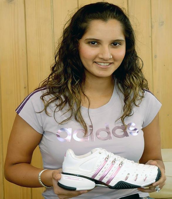Tanisha mukherjee hot nude fake fucked photos