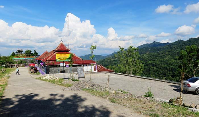 Area Parkir Green Village Gedangsari