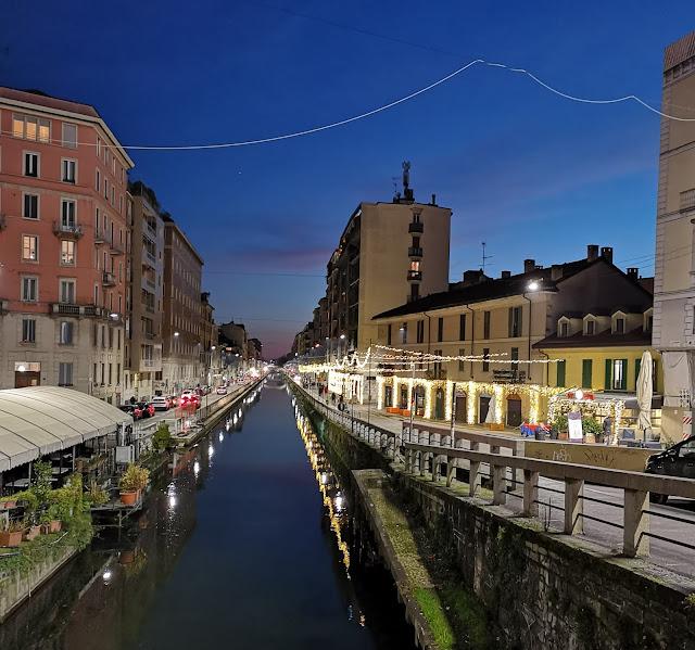 Il Naviglio Pavese collega Milano a Pavia