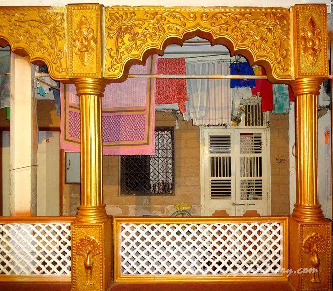 Mumbai's first Sarvajanik Ganeshotsav Mandal -  Keshavji Naik Chawl houses in Girgaon, Mumbai.