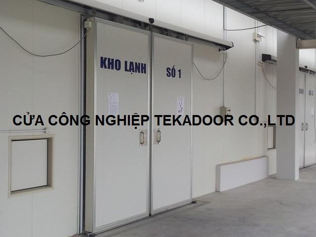 Cửa trượt kho lạnh 2 cánh Sliding cold room Door
