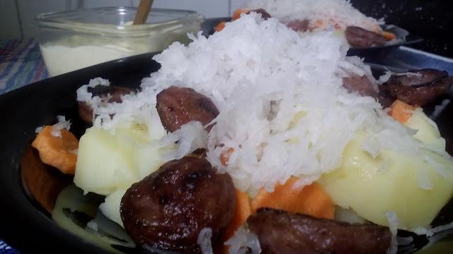 Chorizos criollos en ensalada