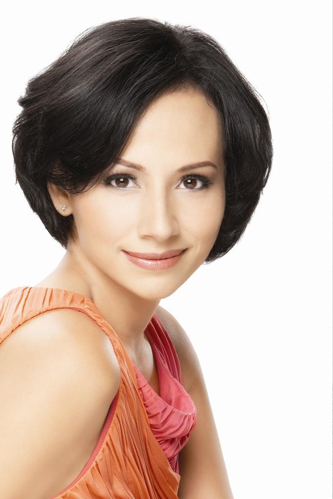 Model Gaya Rambut Pendek Pada Wanita Agar Tampil Menarik Contoh - Gaya rambut pendek orang gendut
