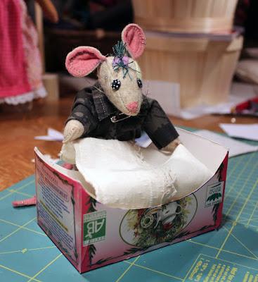 lit, bed, souris, mouse, bébé souris, baby mouse, punk, harry