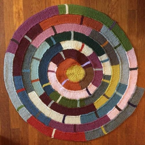 Ten Stitch Twist Blanket - Tutorial