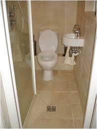 Desain Kamar Mandi Minimalis Ukuran 1X1 Dengan WC Duduk 2