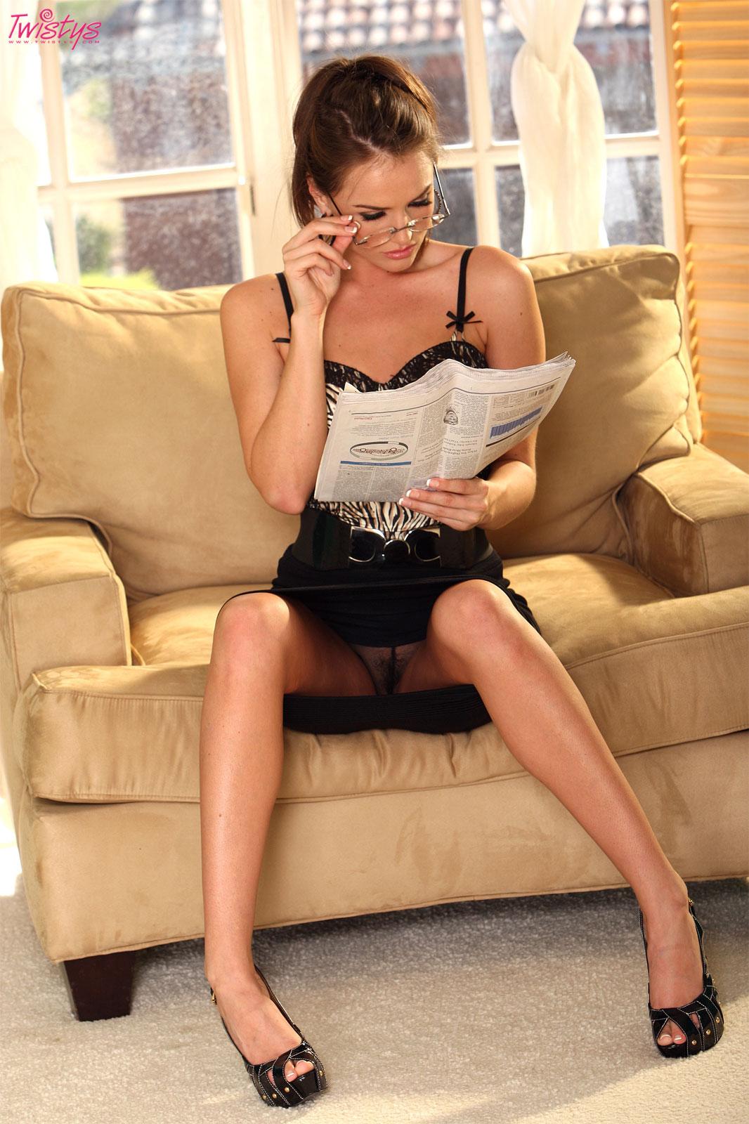 Экстремальные юбки эротика фото жених