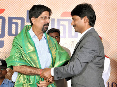 j.jayakrishnan e5 with cricketer Krishnamachari Srikkanth