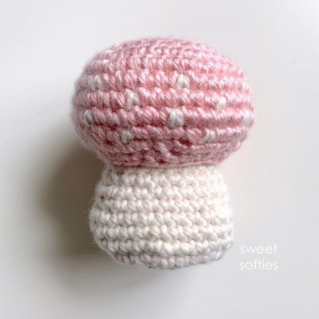 Crochet Mushroom Free Pattern | 640x640