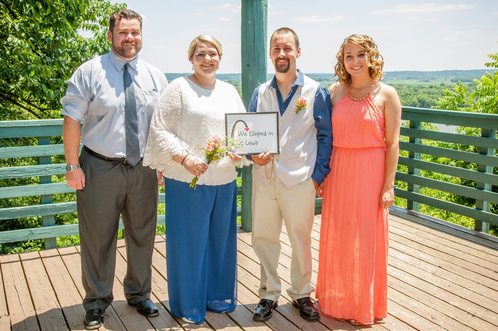Elope in St Louis: Elope at Bee Tree Park