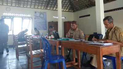 Bayar Pajak, Warga  Wonoyoso Menikmati Bakso dan Dawet Gratis di Balai Desa