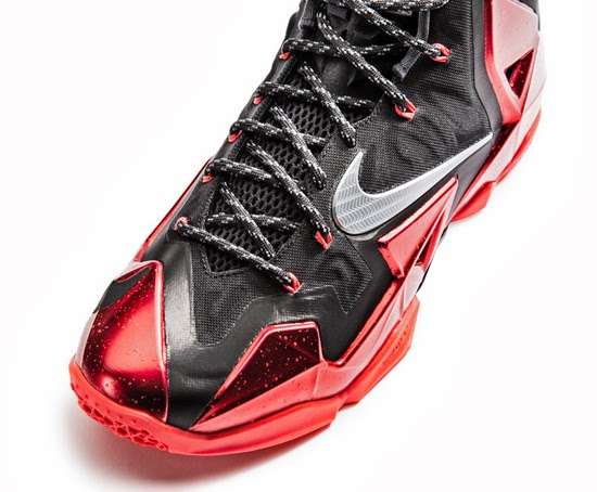 Lebron 11 Elite Univeristy Red Metallic Gold White 616175 001
