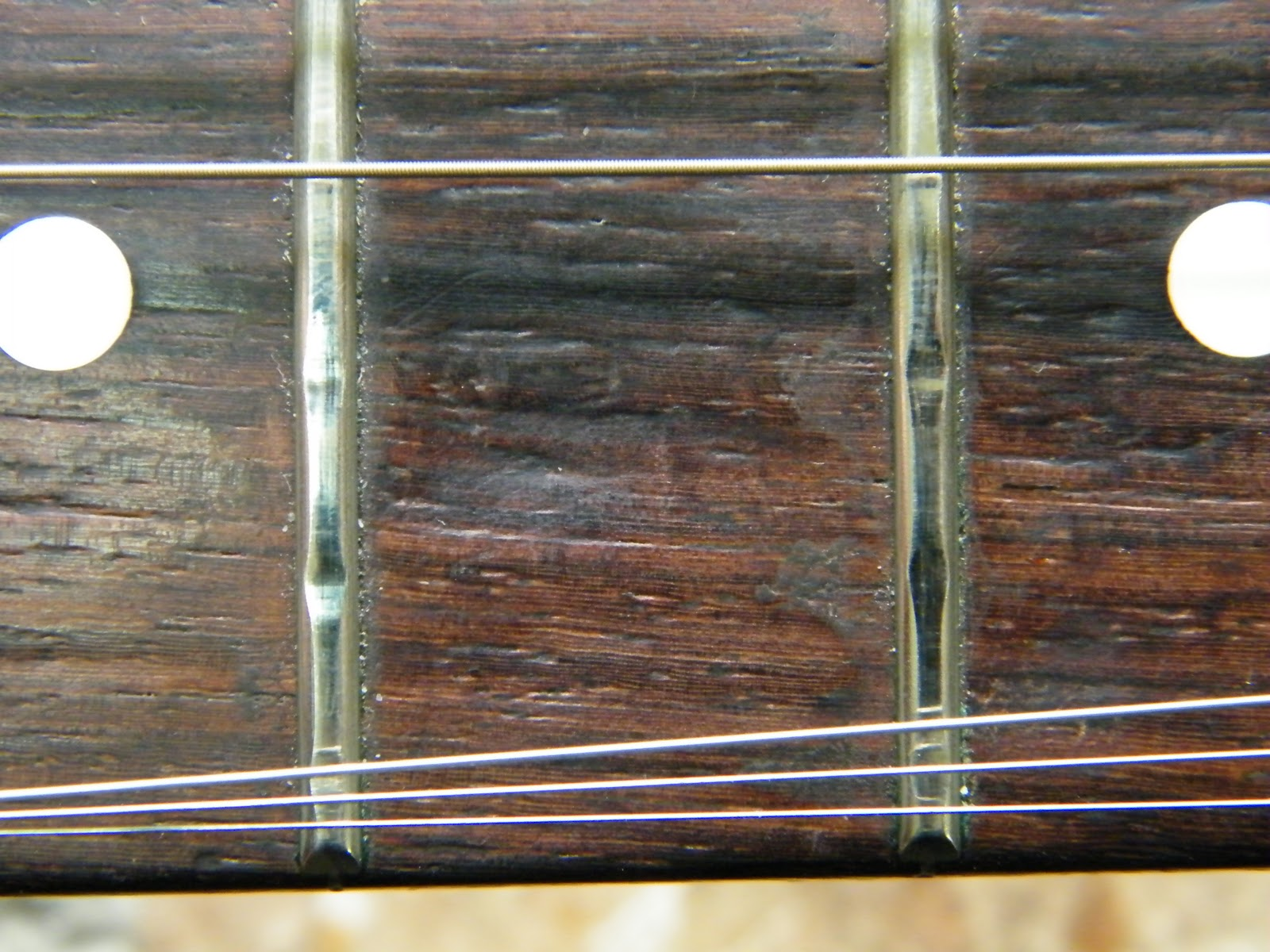 mr glyn 39 s guitar repair fret stone fender stratocaster. Black Bedroom Furniture Sets. Home Design Ideas