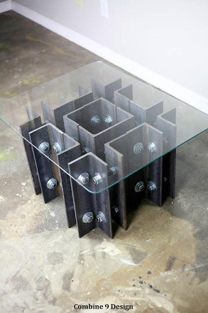 グミのシャンデリア?感性を刺激するクリエイティブな家具#2・9選【a】 鉄骨を利用したテーブル