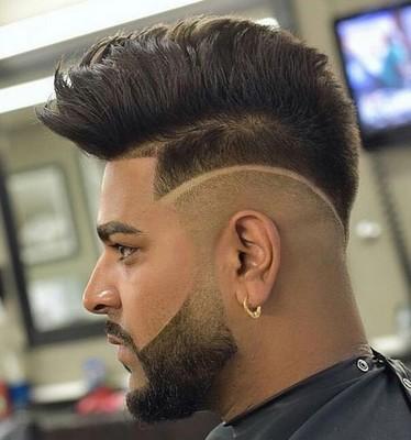 model rambut pria garis pinggir