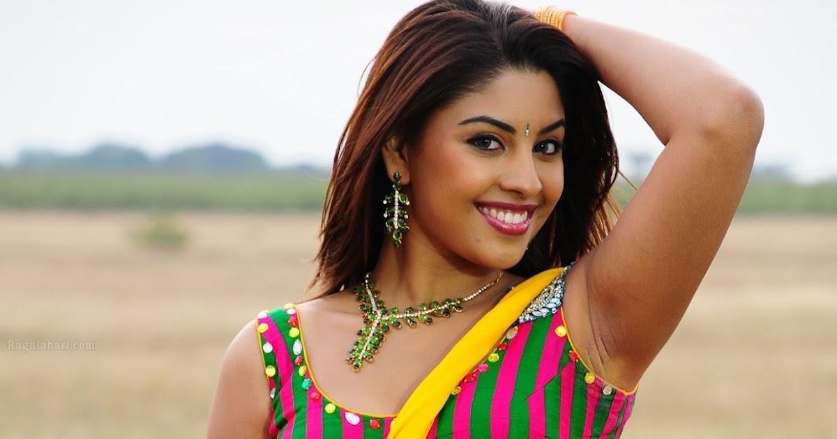 Actress Celebrities Photos: Richa Gangopadhyay HD Hot In