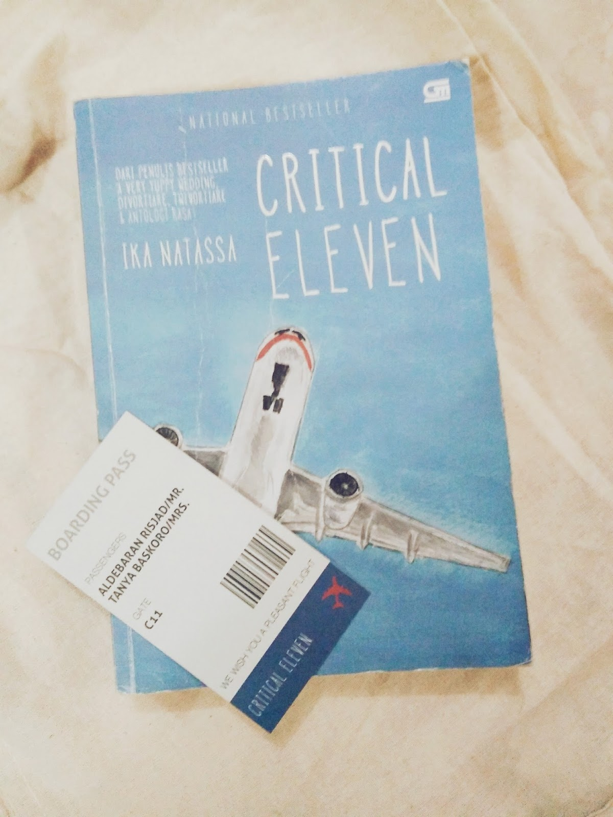 Resensi Novel Critical Eleven by Ika Natassa