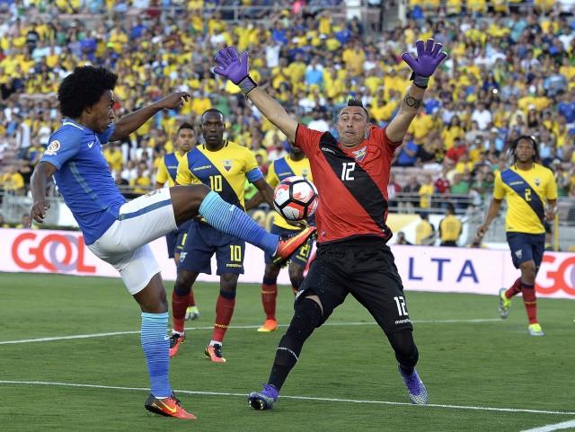 Brazil 0-0 Ekuador : Alon-Alon Asal ... Nol-Nol