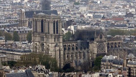 Notre-Dame - Lengyelország segíteni akar a székesegyház újjáépítésében