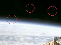 ISS Menangkap 3 UFO Keluar Dari Bumi