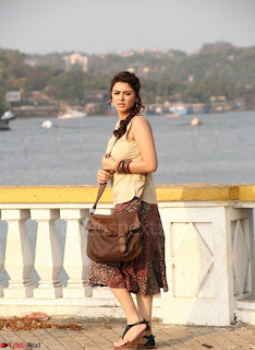 Hansika Motwani Looks super cute in movie Mande Suryudu 016.jpg