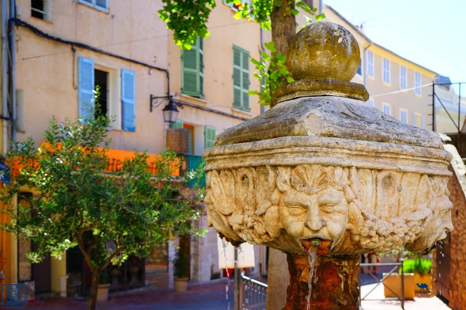 Le Chameau Bleu - Blog Voyage Ollioules - Visite de la Ville - Var France