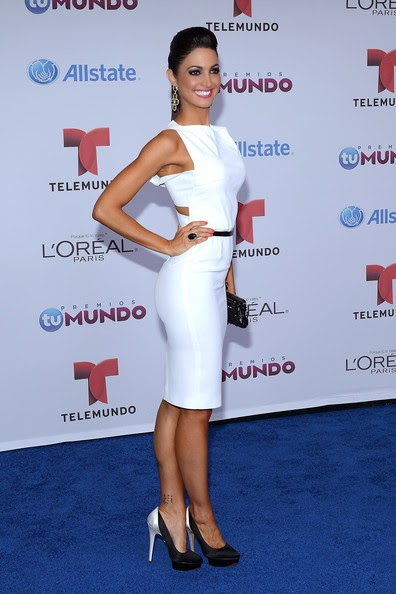 Who Wore What Telemundo S Premios Tu Mundo Red Carpet