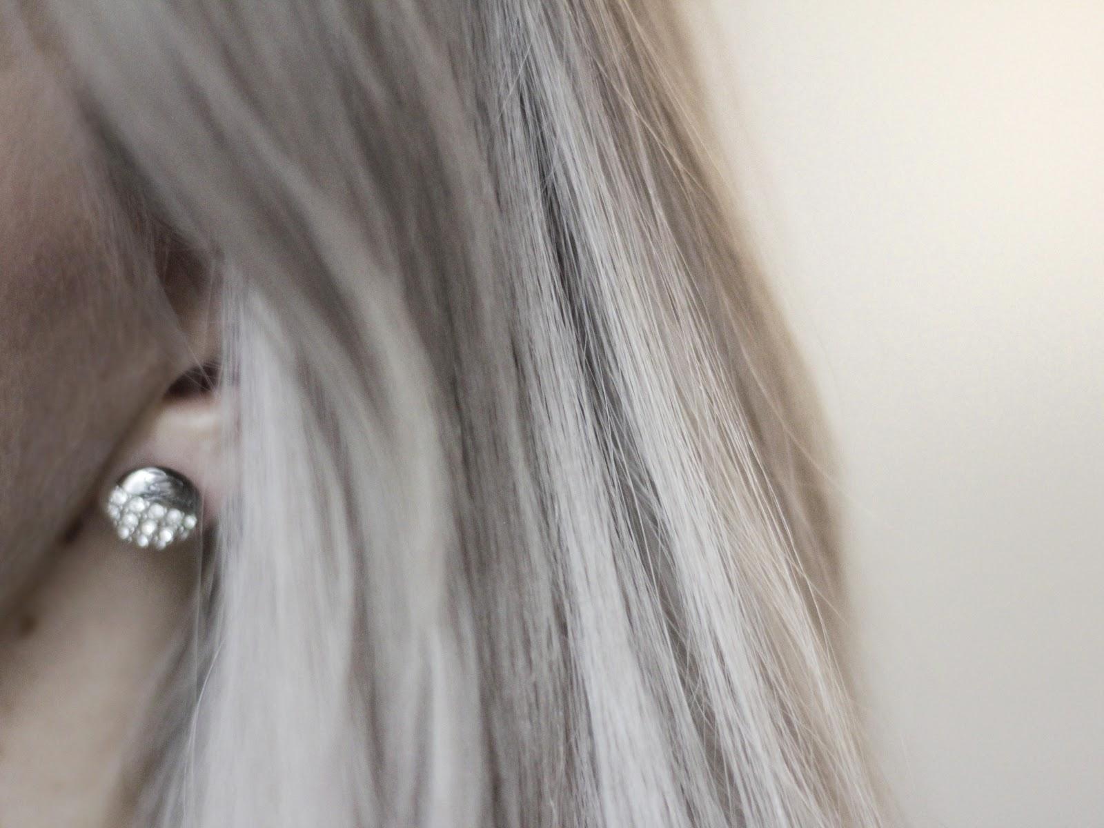 Harmaiden hiusten ylläpito