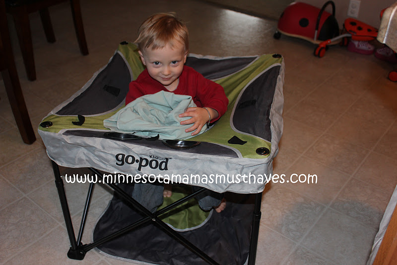 9ebbdb98c3d20 2011 Holiday Gift Guide  KidCo Go-Pod Review! - Must Have Mom