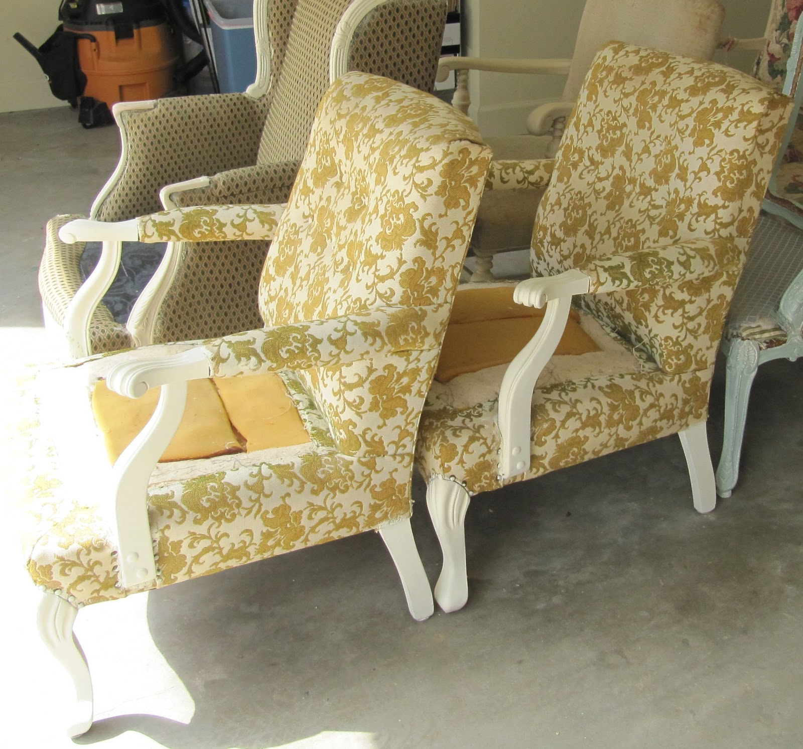 Wydeven Designs: Annie Sloan Chalk Paint Chairs Project
