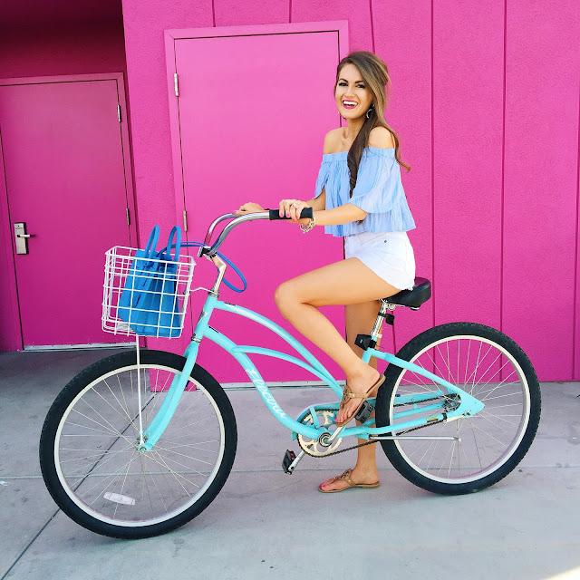 cute bike outfit!