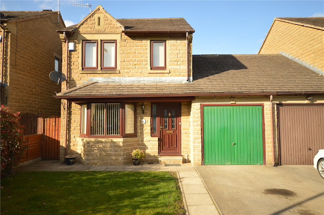 This Is Bradford Property - 3 bed detached house for sale Apperley Road, Apperley Bridge, Bradford, West Yorkshire BD10