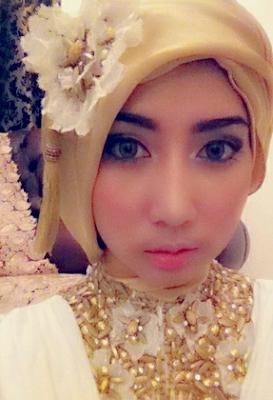 Model Kebaya Hijab Modern Terbaru