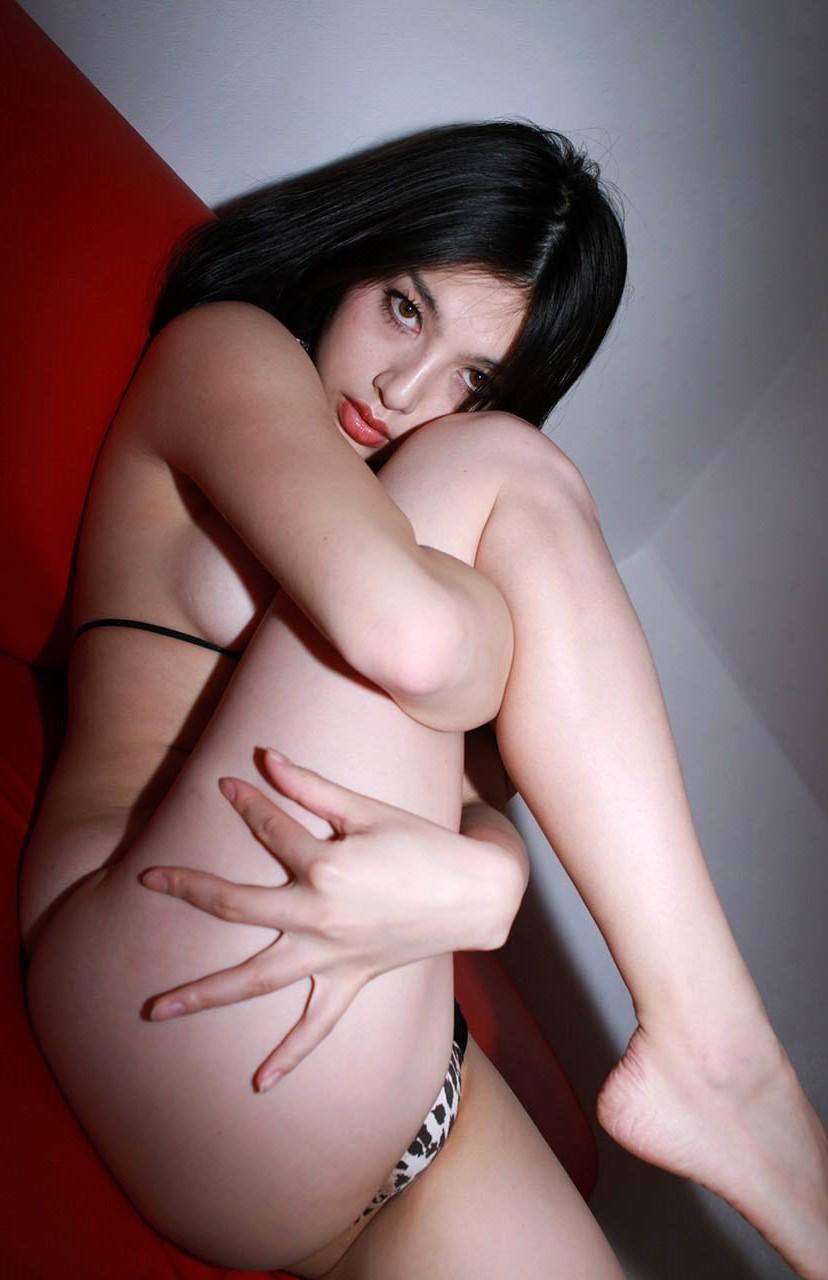 saori hara bikini photos