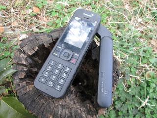 Hape Satelit Inmarsat Isatphone 2 Seken Mulus Fullset Plus Perdana Pulsa