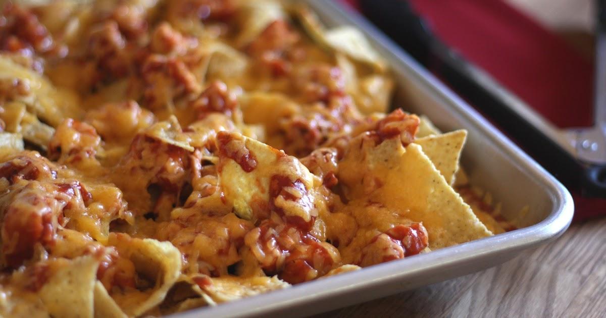 Barefeet In The Kitchen Bbq Chicken And Cheese Nachos