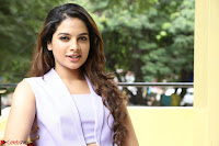 Tanya Hope in Crop top and Trousers Beautiful Pics at her Interview 13 7 2017 ~  Exclusive Celebrities Galleries 134.JPG