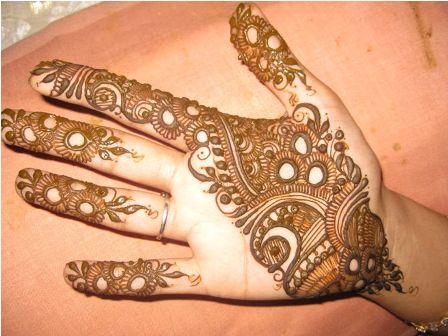 New-style-pakistani-mehndi-design