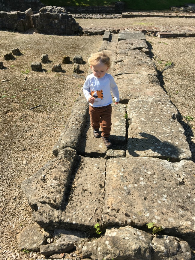 toddler-at-caerwent-roman-town